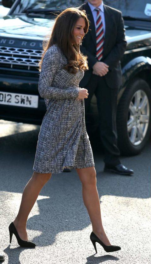 Kate Middleton baby bump Max Mara Studio dress