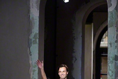 Nicolas Ghesquiere to leave Balenciaga