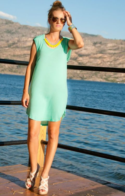 How to wear neon Stephanie Koch
