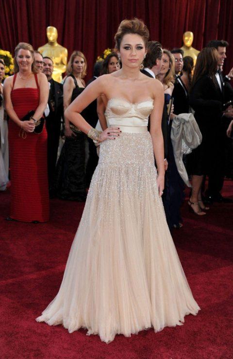 Miley Cyrus Oscars March 2010