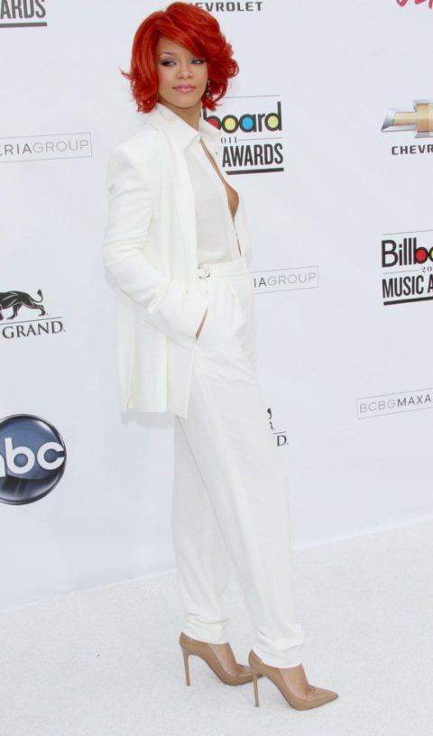 Rihanna 2011 Billboard Music Awards
