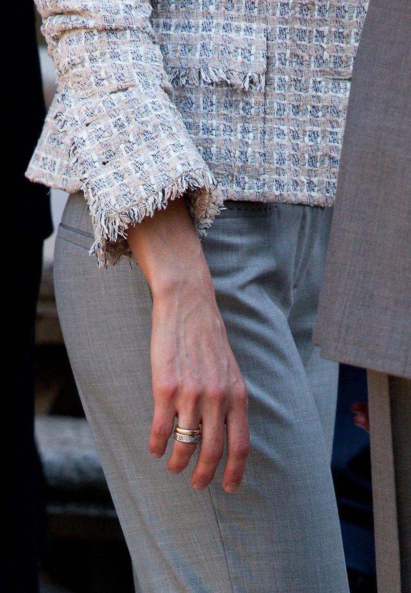 9mm Tungsten Carbide Wedding Bands 87 Elegant Keira knightley wedding ring