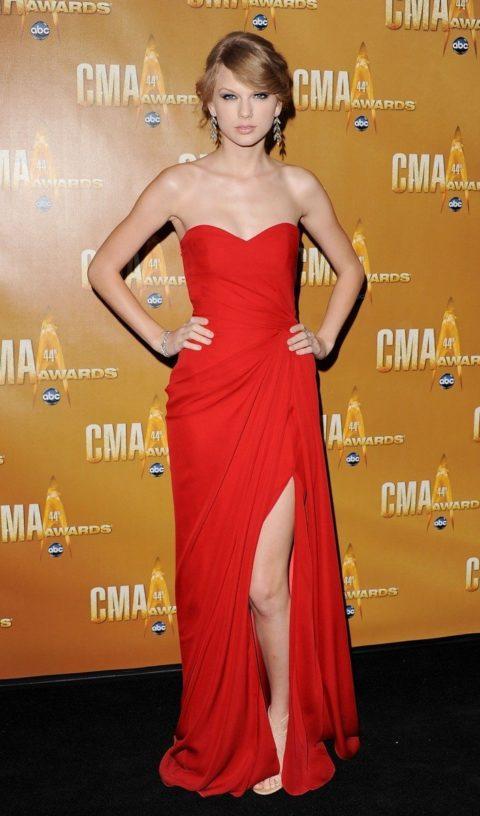 Taylor Swift Fashion CMA awards 2010