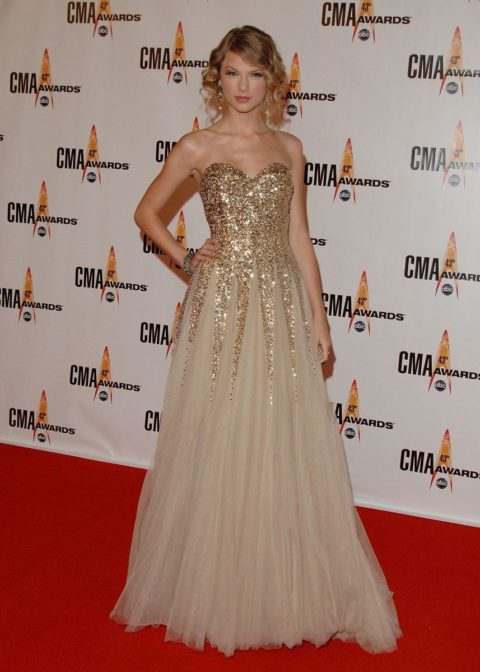 Taylor Swift Fashion CMAs 2009