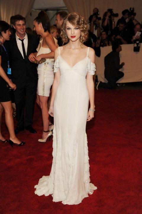 Taylor Swift Fashion Met Gala 2010