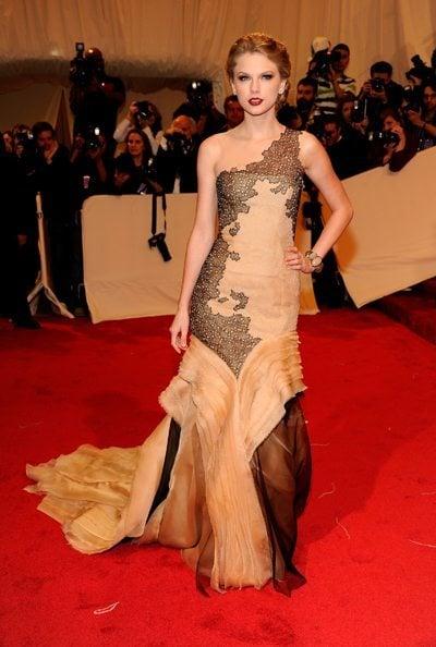 Taylor Swift Fashion Met Gala 2011