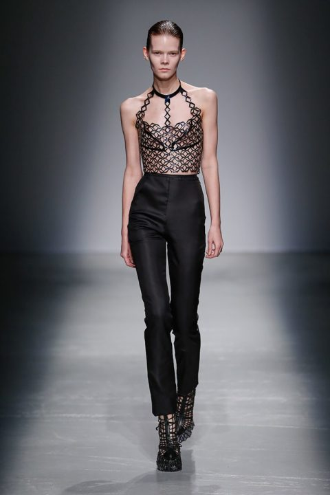 fall 2015 top 10 trends sexy dressing iris van herpen