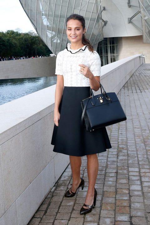 paris fashion week spring 2016 front row Alicia Vikander