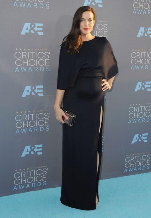 critics choice awards 2016 red carpet liv tyler