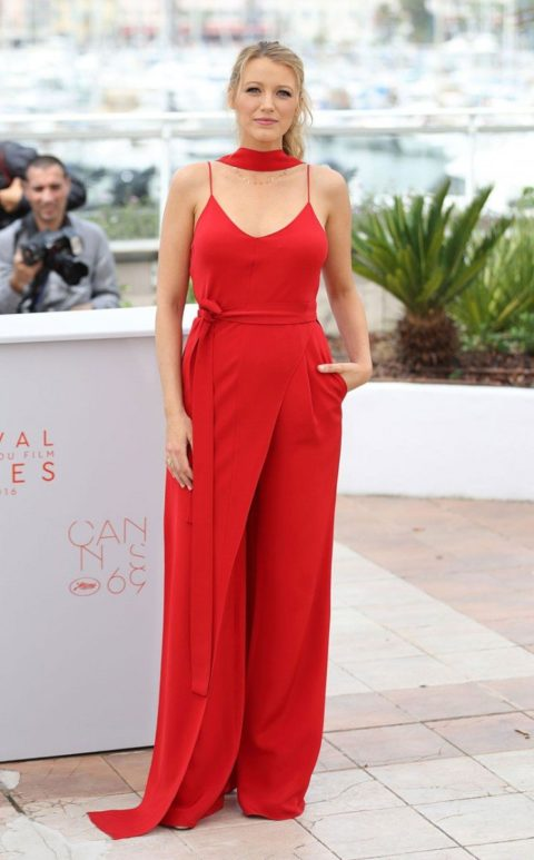 cannes 2016 blake lively cafe society photocall