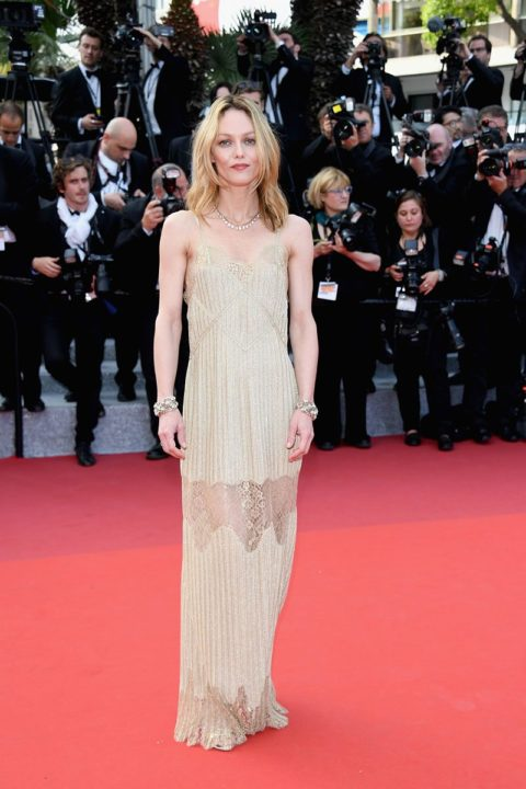 cannes 2016 vanessa paradis the unknown girl premiere