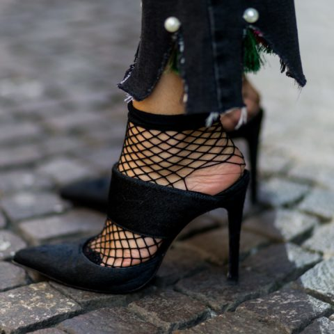How To Wear Fishnets