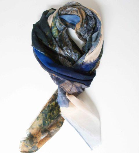 In Focus scarf