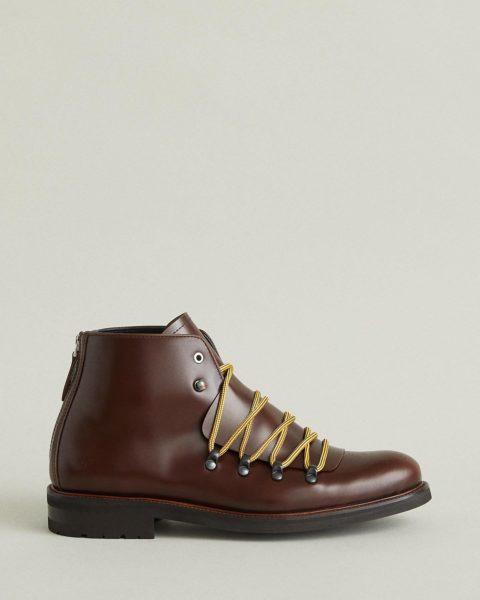 Want Les Essentials boots