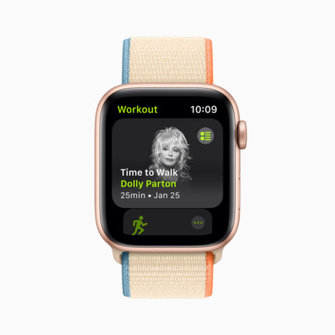 A photo of Dolly Parton on an Apple Watch