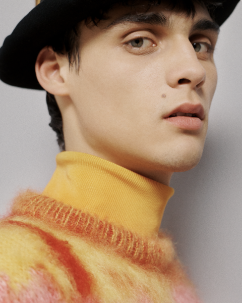A photo of the beauty look from the Dior Men's Fall 2021 show