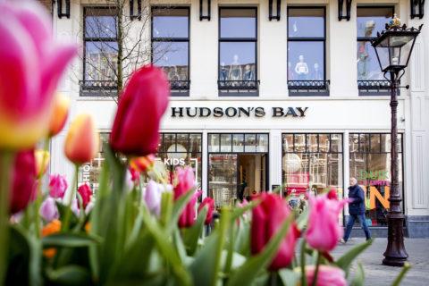 hudson's bay 15 percent pledge