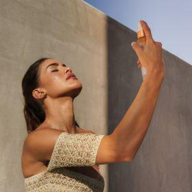 Camila Coelho sprays Elaluz face mist