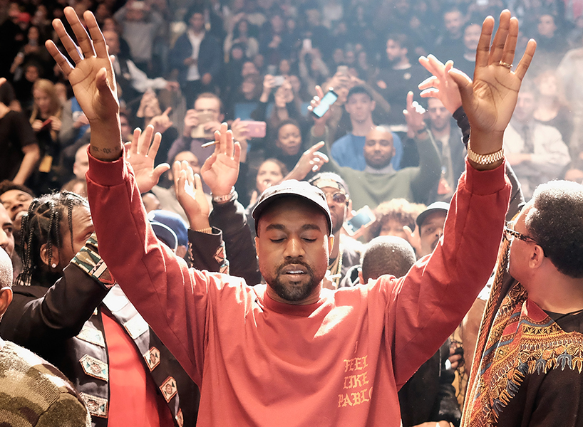 Kanye West performs during Kanye West Yeezy Season 3 in New York City (Photo: Getty Images)