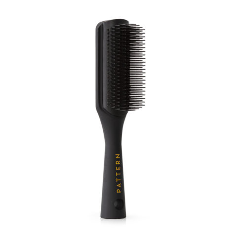 The Greatest Detangling Brushes and Combs for Curly Hair